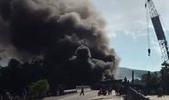 Tông nhau trực diện trên Quốc lộ 1, 2 xe ô tô bị lửa bao trùm