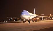 """Chuyên cơ ông Obama vừa hạ cánh, đặc nhiệm Mỹ đã """"bám đuôi"""""""