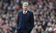 HLV Wenger: Chúng tôi quá ngây thơ trước Barcelona