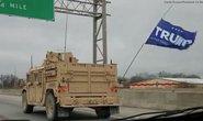 Điều tra đoàn xe quân sự bí ẩn treo cờ ông Trump
