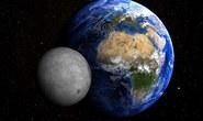 Sẽ có ngày mặt trăng đâm vào trái đất