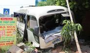 Xe tải va chạm xe khách tại Tam Đảo, 21 người bị thương