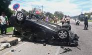 Vợ chồng lái xe hơi rượt đuổi nhau, hại lây người khác