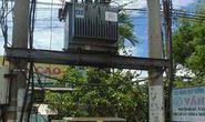 Liều mạng cắt dây điện ở trạm biến áp