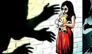 Ấn Độ: Bé gái 10 tuổi bị cưỡng hiếp buộc phải sinh con