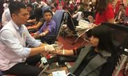 Hàng ngàn người tham gia lễ hội hiến máu