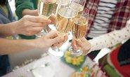Chạy sô ăn cỗ thuê mùa cưới - nghề lạ kiếm tiền khủng
