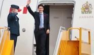 Chuyên cơ chở Thủ tướng Canada Justin Trudeau tới Hà Nội