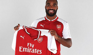 Arsenal ra mắt Lacazette, M.U tranh Lukaku với Chelsea