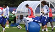 Chelsea tập bài dị trước đại chiến Arsenal