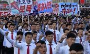 Biển người tuần hành cổ vũ ông Kim Jong-un đánh Mỹ