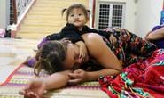 Người dân Cà Mau nín thở chờ bão số 16 (Tembin) qua nhanh