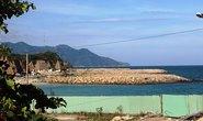 Nàng tiên cá lấn vịnh Nha Trang