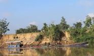 """""""Cát tặc"""" lộng hành trên sông Đồng Nai"""