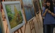 Triển lãm tranh của các nữ họa sĩ không chuyên