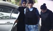 Nghi phạm Triều Tiên bôi chất độc lên tay Đoàn Thị Hương?