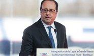 Cảnh sát bắn tỉa Pháp bắn nhầm 2 người khi ông Hollande phát biểu