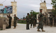 Afghanistan: Tấn công căn cứ quân sự đẫm máu chưa từng có