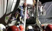 Tai nạn kinh hoàng trên cao tốc, tài xế và phụ xe tử vong