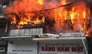 Cháy lớn ở phố cổ Hà Nội, một người tử vong