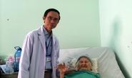 Thay khớp háng cứu cụ bà 102 tuổi