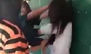 Nữ sinh lớp 9 bị gọi ra chợ đánh hội đồng