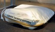 Bán 1 túi bụi mặt trăng, lãi gần 1,8 triêụ USD