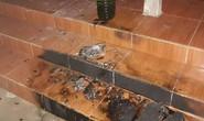 Ném bom xăng vào nhà cựu Bí thư Huyện ủy lúc nửa đêm