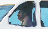 Vua Brunei tự lái chuyên cơ tới Đà Nẵng