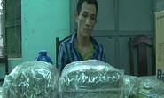 Bị bắt khi bán ma túy cho con nghiện