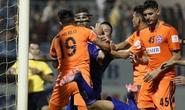 Vòng 23 V-League: Trọng tài kém, bạo lực tăng