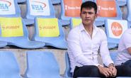 Sang Thái Lan, Công Vinh không dám trốn vợ đi chơi