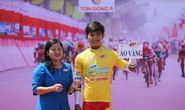 Trần Nguyễn Duy Nhân tạm giữ Áo vàng Cúp HTV 2017