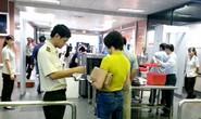 Thẻ đảng, thẻ nhà báo, giấy phép lái xe vẫn được sử dụng khi đi máy bay