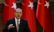 """Thổ Nhĩ Kỳ bắt đầu kiềm chế"""" lực lượng người Kurd ở Syria"""