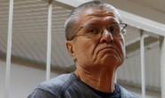 """Lãnh 8 năm tù, cựu bộ trưởng kinh tế Nga nói mình """"bị gài bẫy"""""""