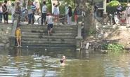 Rủ nhau ra trạm bơm câu cá, 2 trẻ chết đuối
