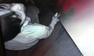 Trộm đột nhập nhà không được, ăn cắp luôn mắt thần