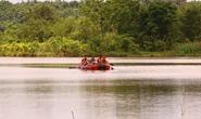 Tá hỏa khi phát hiện thi thể nam thanh niên nổi trên hồ