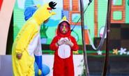 Thót tim với nữ hoàng ứng xử 5 tuổi hóa Angry bird bay trên không