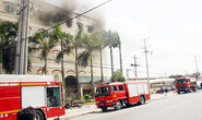 Cháy tại công ty may, hàng trăm công nhân chạy thoát thân