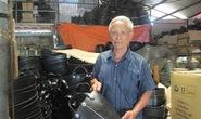 Trở thành tỉ phú nhờ nghề mổ lốp ô tô cũ