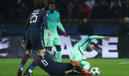 Xem Messi đưa Barca vượt khó