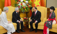 Nhật Hoàng xúc động trước sự đón tiếp nồng ấm tại Việt Nam