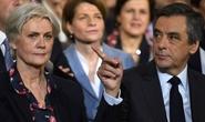 """Ứng viên tổng thống Pháp dính bê bối vợ làm """"việc giả"""""""