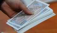 Đổi tiền lẻ sau Tết: Chém đẹp 100.000 đồng còn 50.000 đồng