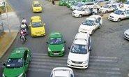 Taxi truyền thống lo Grab, Uber khuyến mại quanh năm
