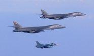 Mỹ điều 2 oanh tạc cơ B-1B kèm thông điệp dằn mặt Triều Tiên