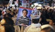 Siêu bão tấn công Nhật ngày bầu cử, ông Abe đắc lợi