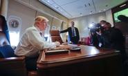 Tổng thống Donald Trump không tiếc lời khen Air Force One